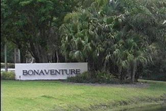 Bonaventure Lakes community